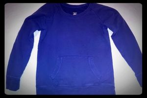 Lucky Brand Sweatshirt with front pocket